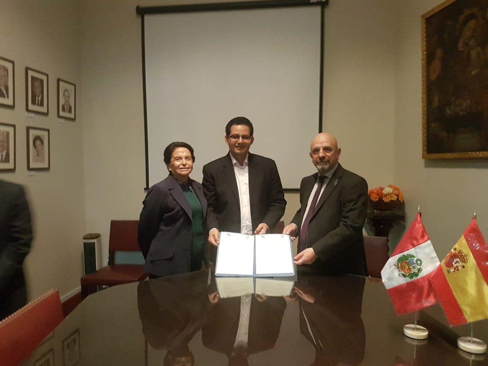 Firma el Acuerdo Interinstitucional